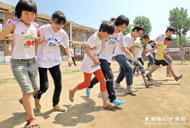 河北医科大学暑期社会实践活动掠影_教育部门
