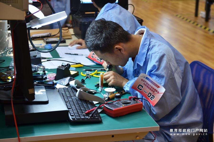 揭秘浙江宁波警犬技术工作队:现实版《一条狗的使命》